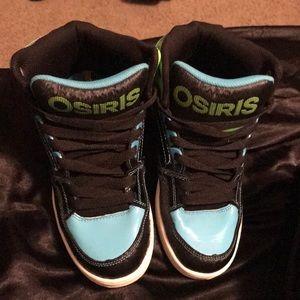 Osiris Boys Size 4 Like New Sneakers